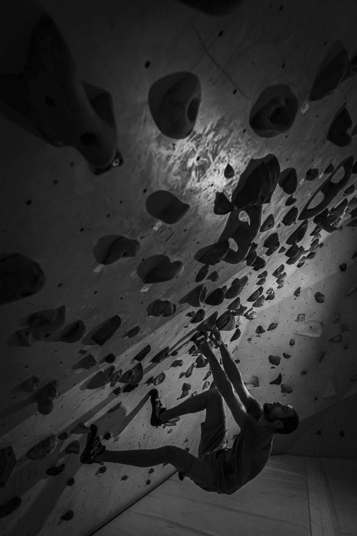 Bouldering / Miloš Šuka